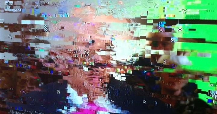 strepen en blokjes op de tv