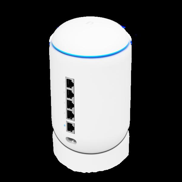 UniFi Dream Machine (Pro) 1.8.3